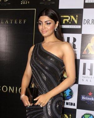 Akanksha Puri - Photos: Celebs At The Red Carpet International Iconic Awards Season 7 | Picture 1822358