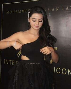 Helly Shah - Photos: Celebs At The Red Carpet International Iconic Awards Season 7 | Picture 1822156