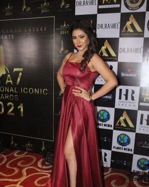 Hiba Nawab - Photos: Celebs At The Red Carpet International Iconic Awards Season 7 | Picture 1822147