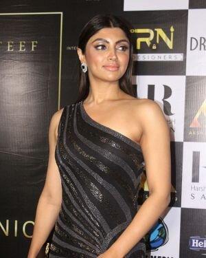 Akanksha Puri - Photos: Celebs At The Red Carpet International Iconic Awards Season 7 | Picture 1822356