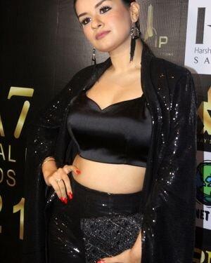 Avneet Kaur - Photos: Celebs At The Red Carpet International Iconic Awards Season 7   Picture 1821481