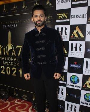 Rahul Vaidya - Photos: Celebs At The Red Carpet International Iconic Awards Season 7   Picture 1822186