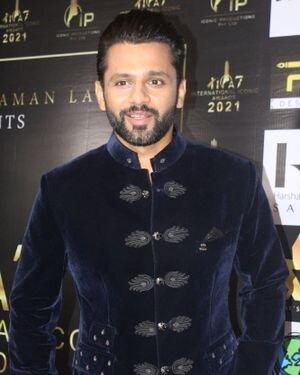 Rahul Vaidya - Photos: Celebs At The Red Carpet International Iconic Awards Season 7