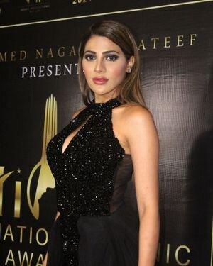 Nikki Tamboli - Photos: Celebs At The Red Carpet International Iconic Awards Season 7 | Picture 1822379