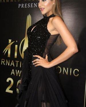 Nikki Tamboli - Photos: Celebs At The Red Carpet International Iconic Awards Season 7 | Picture 1822381