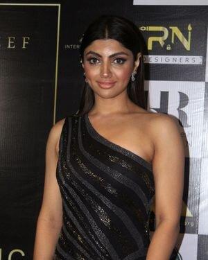 Akanksha Puri - Photos: Celebs At The Red Carpet International Iconic Awards Season 7 | Picture 1822354
