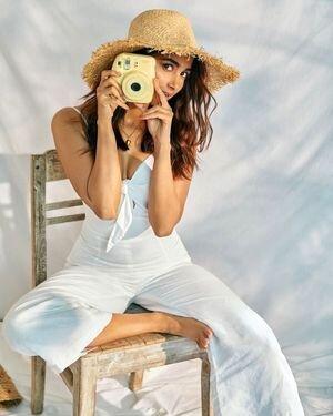Pooja Hegde Latest Photos   Picture 1822053