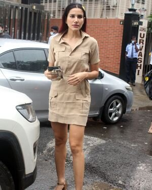 Sonnalli Seygall - Photos: Celebs Spotted At Pink Wasabi Juhu | Picture 1822745