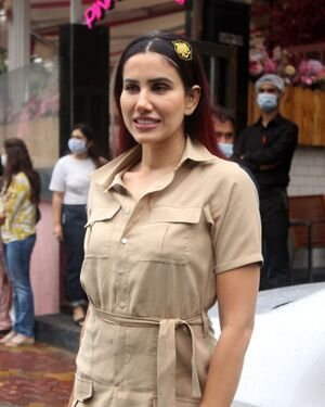 Sonnalli Seygall - Photos: Celebs Spotted At Pink Wasabi Juhu | Picture 1822749