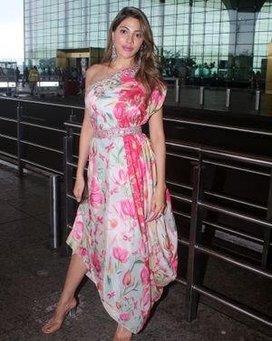 Nikki Tamboli - Photos: Celebs Spotted At Airport | Picture 1823088