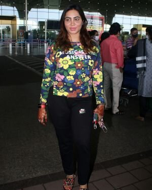 Arshi Khan - Photos: Celebs Spotted At Airport | Picture 1823609