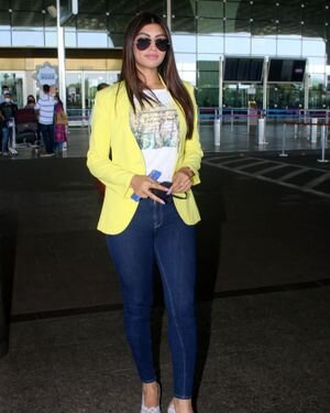 Akanksha Puri - Photos: Celebs Spotted At Airport | Picture 1823604