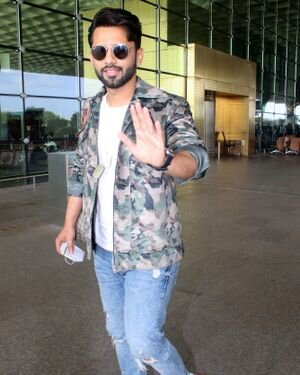 Rahul Vaidya - Photos: Celebs Spotted At Airport | Picture 1823582