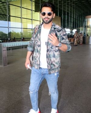 Rahul Vaidya - Photos: Celebs Spotted At Airport | Picture 1823589