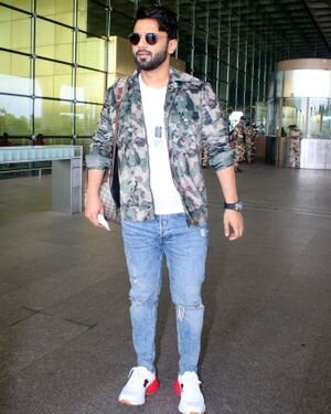 Rahul Vaidya - Photos: Celebs Spotted At Airport | Picture 1823586