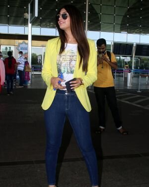 Akanksha Puri - Photos: Celebs Spotted At Airport | Picture 1823598