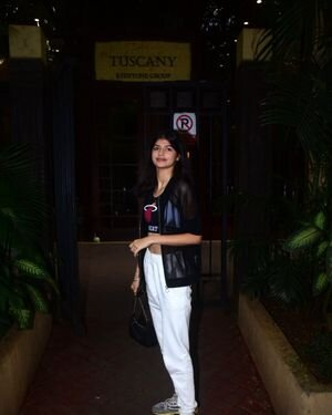 Anjini Dhawan - Photos: Celebs Spotted At Bandra   Picture 1824821