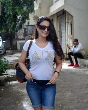 Ameesha Patel - Photos: Celebs Spotted At Kromakay Salon | Picture 1824786