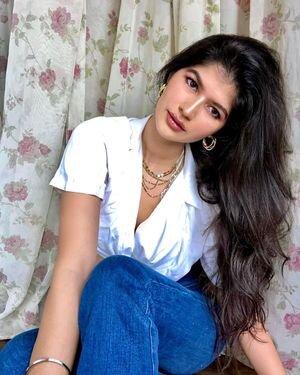 Anjini Dhawan Latest Photos   Picture 1825850