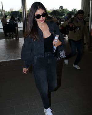 Mouni Roy - Photos: Celebs Spotted At Airport | Picture 1771374