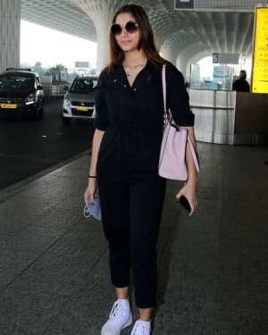 Saiee Manjrekar - Photos: Celebs Spotted At Airport | Picture 1771309