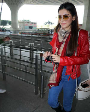 Hansika Motwani - Photos: Celebs Spotted At Airport | Picture 1771355