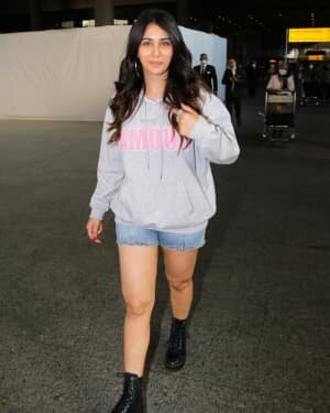 Warina Hussain - Photos: Celebs Spotted At Airport | Picture 1771328
