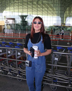 Dhvani Bhanushali - Photos: Celebs Spotted At Airport