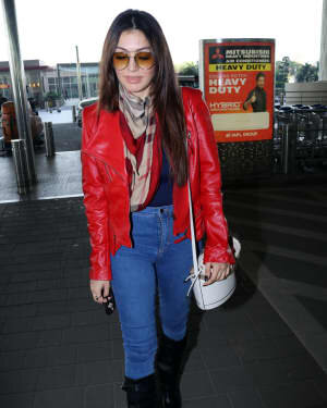 Hansika Motwani - Photos: Celebs Spotted At Airport | Picture 1771353