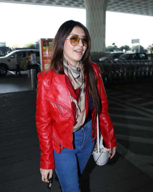 Hansika Motwani - Photos: Celebs Spotted At Airport | Picture 1771354