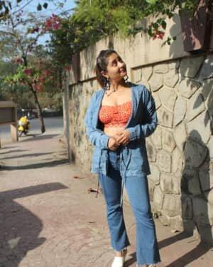 Rashami Desai - Photos: Celebs Spotted At Andheri