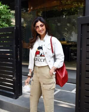 Shilpa Shetty - Photos: Celebs Spotted At Bandra | Picture 1771409