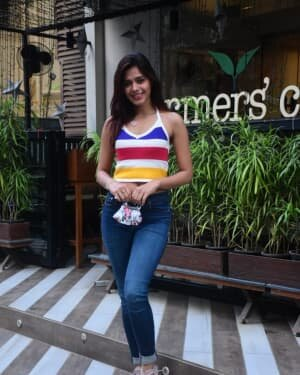 Pranati Rai Prakash - Photos: Celebs Spotted At Farmer's Cafe | Picture 1771345
