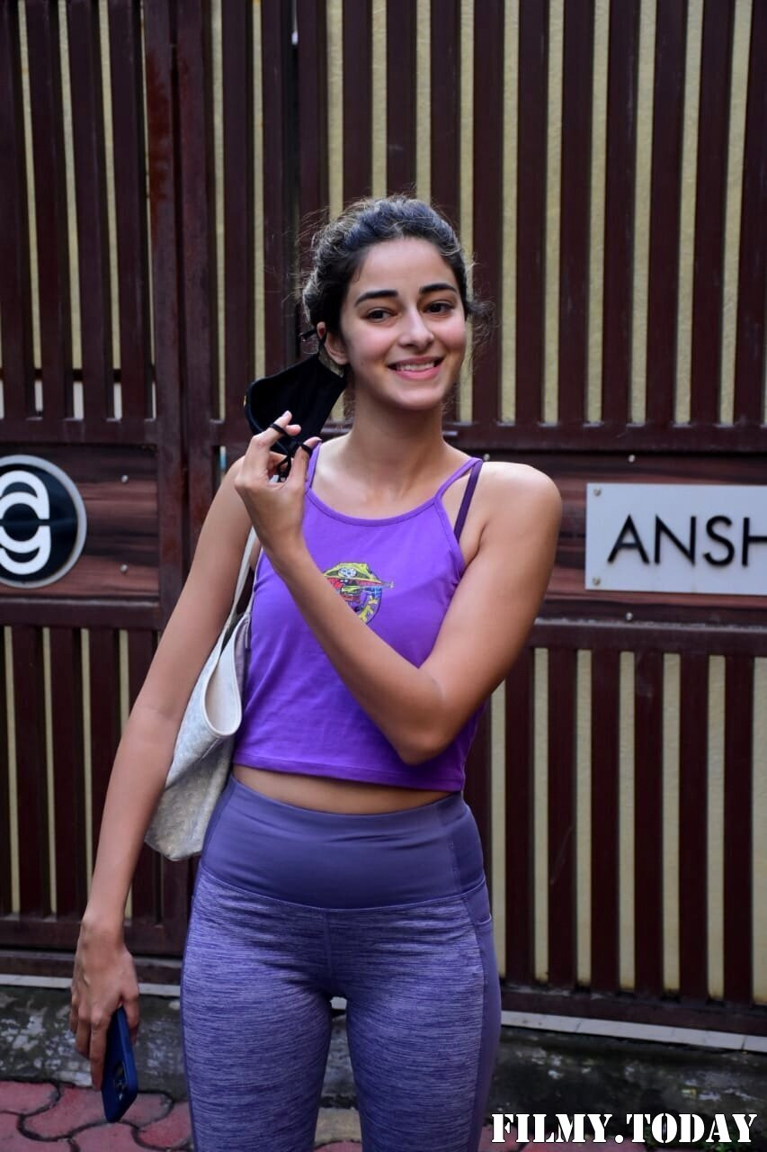 Ananya Panday - Photos: Celebs Spotted At Yoga Class | Picture 1771337
