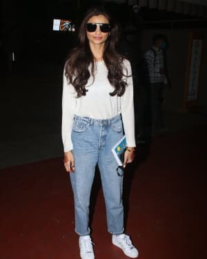 Daisy Shah - Photos: Celebs Spotted At Airport | Picture 1776384