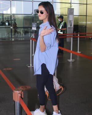 Sonal Chauhan - Photos: Celebs Spotted At Airport | Picture 1776342