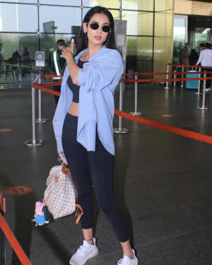 Sonal Chauhan - Photos: Celebs Spotted At Airport | Picture 1776341