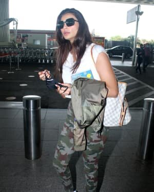Daisy Shah - Photos: Celebs Spotted At Airport | Picture 1776350