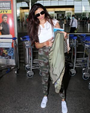 Daisy Shah - Photos: Celebs Spotted At Airport | Picture 1776345
