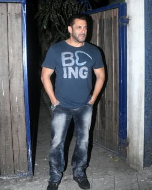 Salman Khan - Photos: Celebs Spotted At Izumi | Picture 1776404