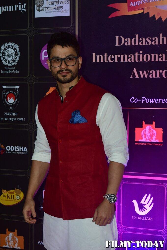 Kunal Khemu - Photos: Celebs At Dadasaheb Phalke Awards 2021   Picture 1776728