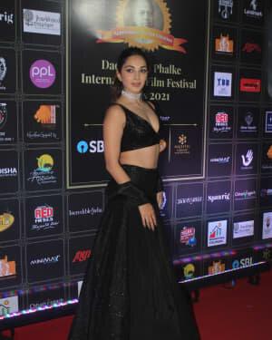 Kiara Advani - Photos: Celebs At Dadasaheb Phalke Awards 2021 | Picture 1776691