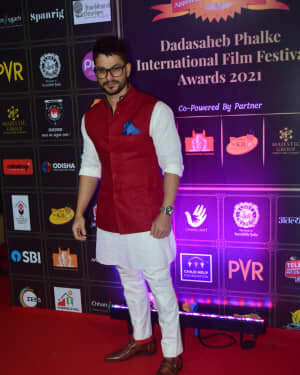 Kunal Khemu - Photos: Celebs At Dadasaheb Phalke Awards 2021 | Picture 1776603