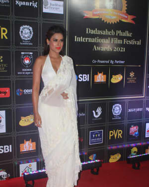 Nia Sharma - Photos: Celebs At Dadasaheb Phalke Awards 2021 | Picture 1776701