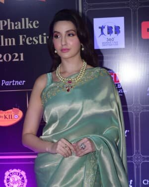 Nora Fatehi - Photos: Celebs At Dadasaheb Phalke Awards 2021