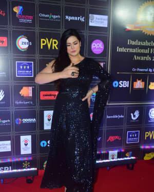Zareen Khan - Photos: Celebs At Dadasaheb Phalke Awards 2021 | Picture 1776649