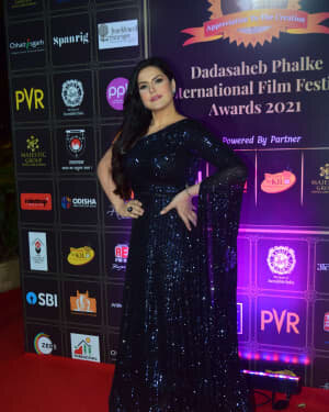 Zareen Khan - Photos: Celebs At Dadasaheb Phalke Awards 2021 | Picture 1776648