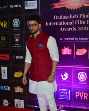 Kunal Khemu - Photos: Celebs At Dadasaheb Phalke Awards 2021 | Picture 1776604