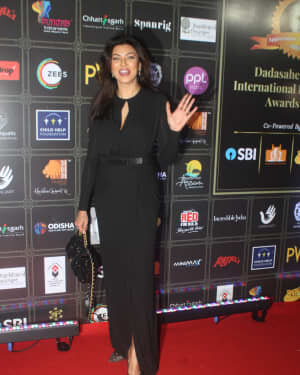 Susmitha Sen - Photos: Celebs At Dadasaheb Phalke Awards 2021 | Picture 1776708
