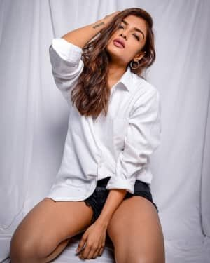 Ashna Zaveri Latest Photos | Picture 1763338